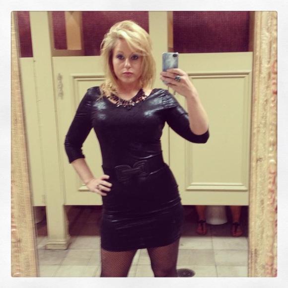 As U Wish Dresses & Skirts - Black 3/4 length Dress